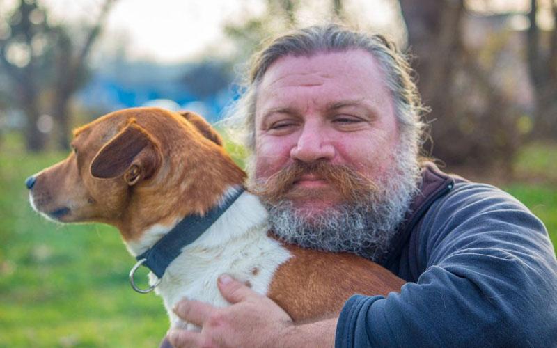 カナガンと中型犬